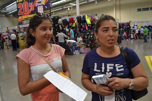 En el regreso a clases desembolsan padres de familia hasta 2 mil pesos por hijo