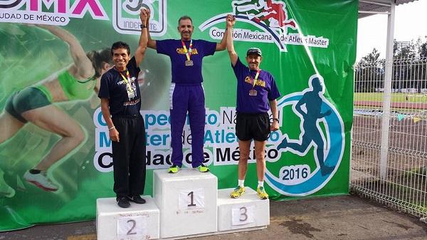 Gana marchista deliciense 3 de oro en México