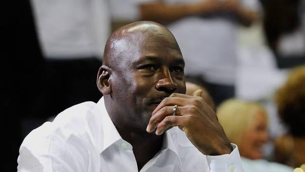 Condena Michael Jordan violencia en Estados Unidos