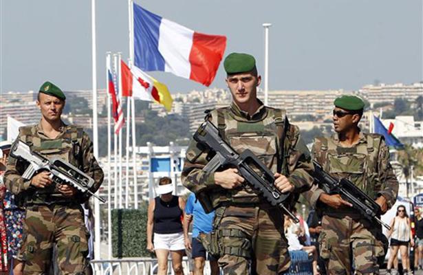 Estado de emergencia en Francia se prolonga lo que resta del año