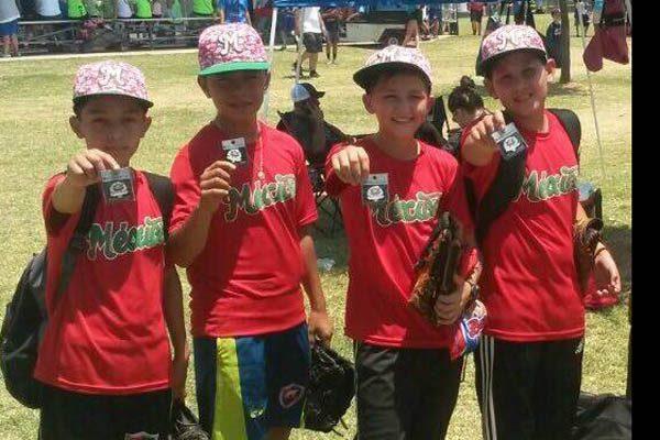 Cuatro Chihuahuenses de 11-12 años en torneo internacional de beisbol