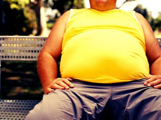 Premiarán en escuelas a los alumnos que bajen de peso