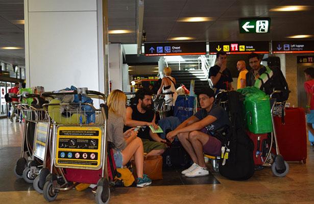 Tres vuelos a Chihuahua, entre los 100 destinos cancelados por sismo