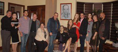 Alba Arvizo y Ricardo Espino fijan fecha de su boda