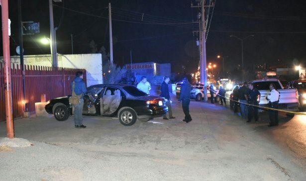 Rafaguean vehículo en la Colegio Milita; hay un herido