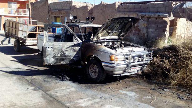Encuentran entre llamas un vehículo robado durante la mañana