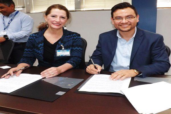 Signan convenio ITCC y empresa Leoni Cable
