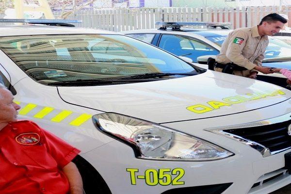 Entregan 14 patrullas para vialidad y Policía Municipal