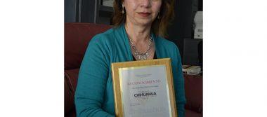Artista gana Premio Chihuahua 2016 por trabajo en contaminación del medio ambiente