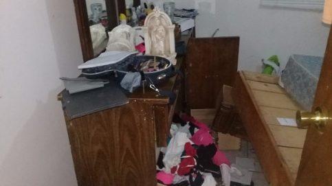 Saquean policías estatales casas en Villa Ahumada y Benito Juárez