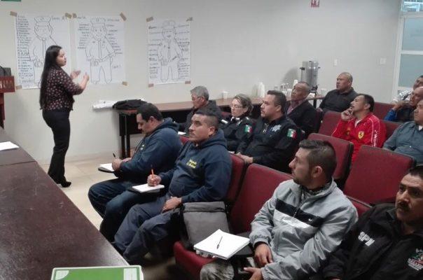 Capacita FGE a 35 policías municipales de la zona sur de la entidad