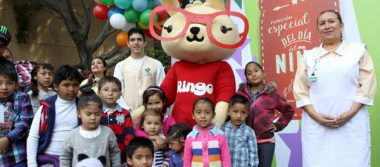 Voluntariado del IMSS celebraron a los pequeños con colorida fiesta