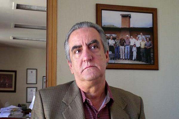 Acusan a delegado del IMSS de apoyar al PRI