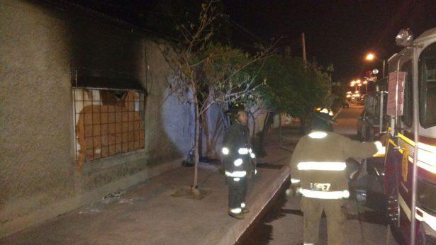 Atiende Bomberos incendio en la Avenida de las Industrias