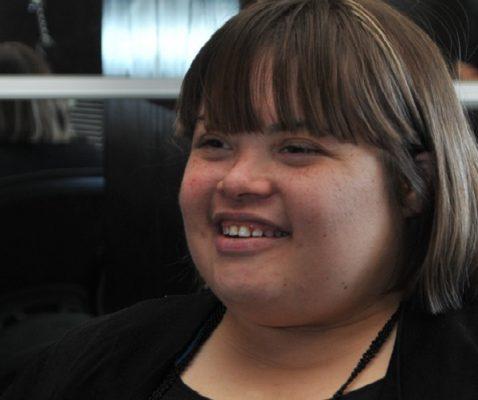 Gemma Mabel, primera maestra con trisomía 21 para niños Down