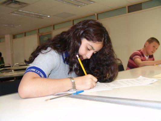 Buscan chihuahuenses participar en concurso de matemáticas en Argentina