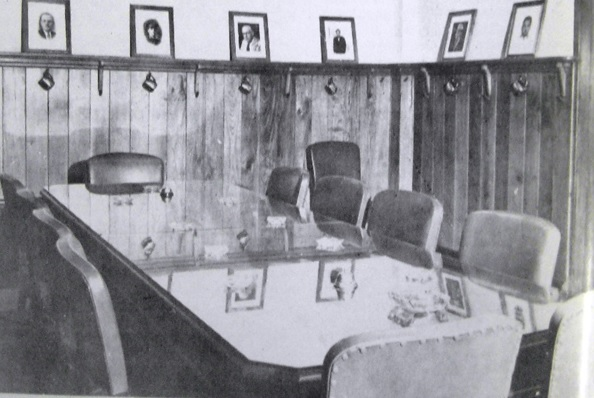 La Unión Ganadera Estrena  Flamante Edificio (1952) parte II