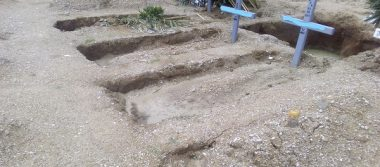 Denuncian hundimientos en tumbas en el Muicipal 3 en Cuauhtémoc