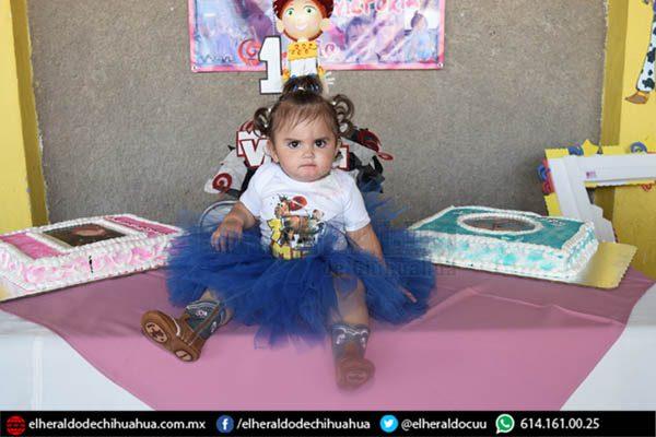 Mía Victoria Chavira Nevárez Celebro su primer añito