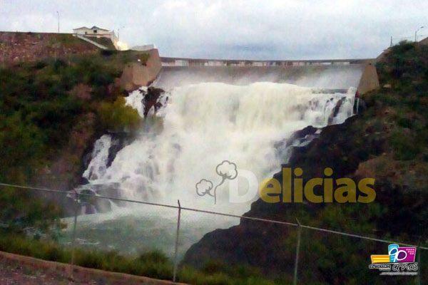 [VIDEO] Comienza a verter agua presa Las Vírgenes