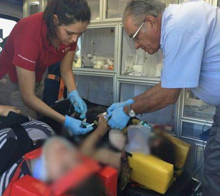 Atiende Secretario de Salud a familia lesionada en volcadura en El Sueco