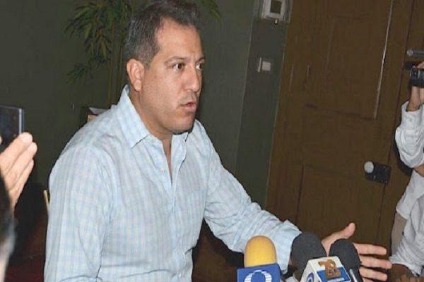 Gastó Corral medio millón de pesos en menos de 24 horas: Fermín Ordóñez