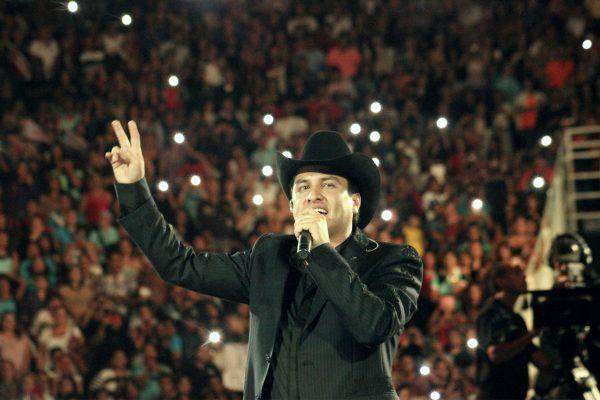 Eliminan a Julion Álvarez de Spotify y Youtube tras nexos con narcotráfico