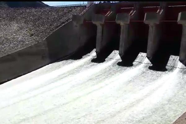 Desalojan agua de presa el Granero para evita derrame de La Boquilla
