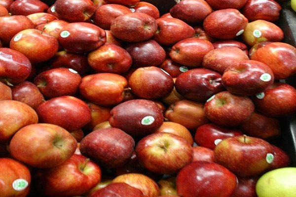 Siguen ingresando manzana de contrabando de Estados Unidos