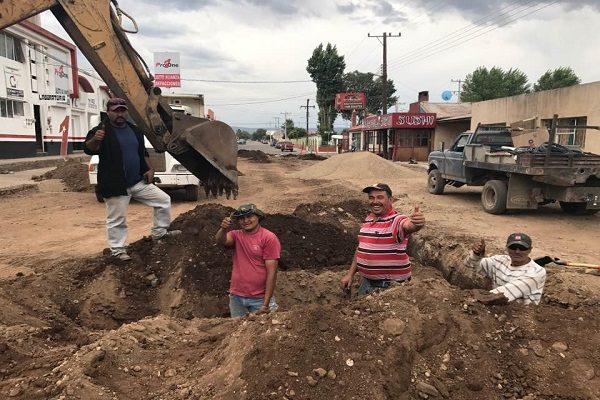 Invierten un millón en drenaje en Las Varas