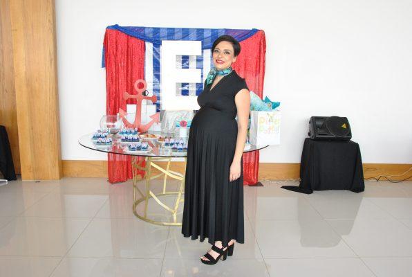 Fiesta prenatal en honor a Gaby Flores