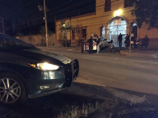 Armados alcanzan a cobrador y le quitan 5 mil pesos en efectivo