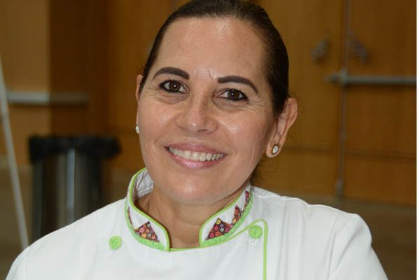Destaca chef Ana Beltrán a nivel internacional; originaria de Delicias