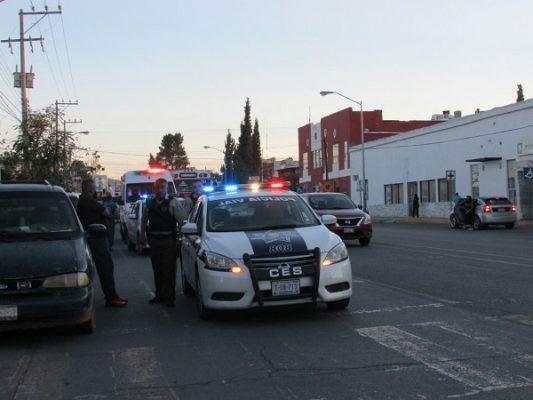 Camión urbano atropella a hombre de 66 años de edad