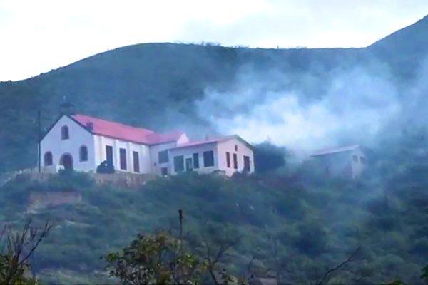 [EN VIVO] Le prenden fuego a vieja iglesia de Aquiles Serdán