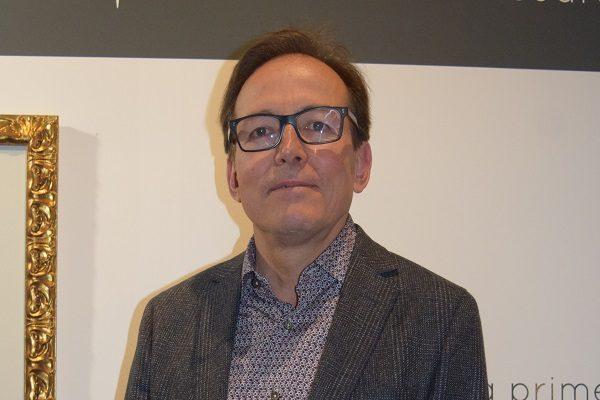 """Inauguró exposición """"Canto del agua"""" el arquitecto Carlos Carrera"""