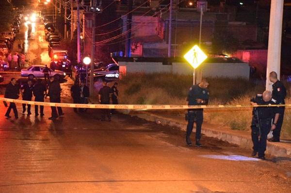 Tras persecución asesinan a hombre a balazos en Colinas del Sol