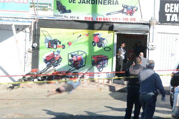 Asesinan a hombre afuera local ubicado en colonia Los Frailes