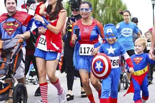 Correrán vestidos de superhéroes; quieren romper Récords Guinnes