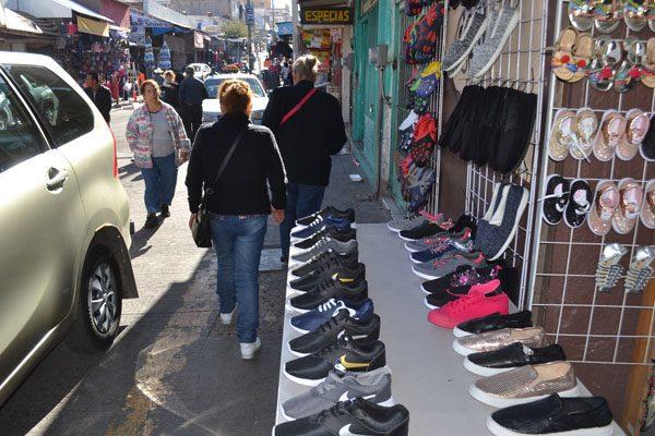 Promueve Municipio la ilegalidad al permitir ambulantes