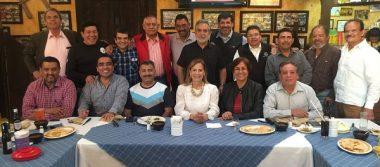 Se reúne Primera Generación de Periodismo de la UACH
