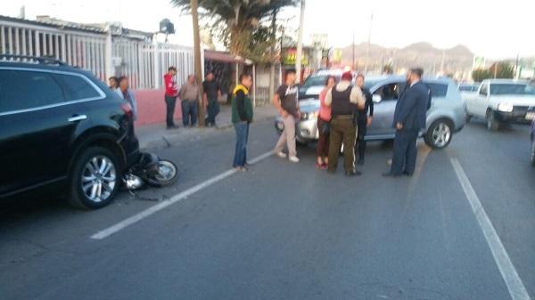 Accidente en la Juan Escutia deja a motociclista con lesiones