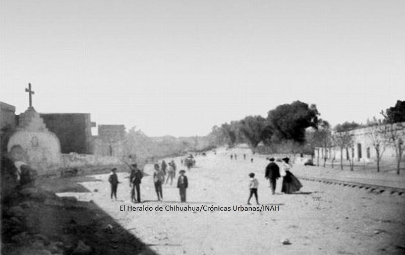 thumbnail_calzada-de-guadalupe-que-hoy-en-dia-es-la-avenida-cuauhtemoc%2c-donde-los-peregrinos-caminaban-hasta-llegar