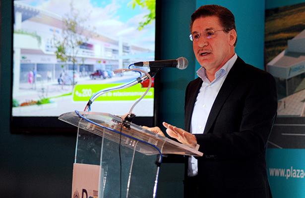 Presentan proyecto de nueva plaza comercial