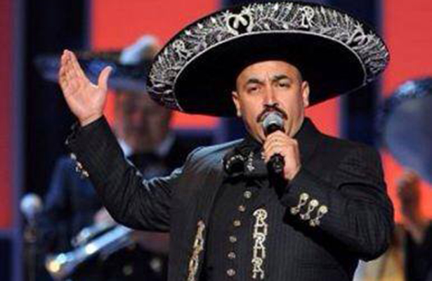 Citan a Lupillo Rivera a declarar por intento de secuestro