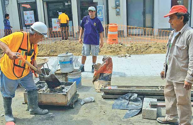 Dólar eleva los precios en el sector de la construcción en 30 por ciento
