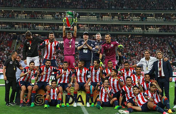 Chivas sigue siendo 'el rey'; se corona campeón de la Copa MX