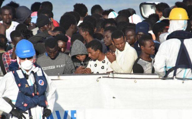 Crece tensión Italia-Francia: Macron rechaza nave con 629 inmigrantes a bordo