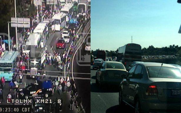 Después de seis horas de bloqueos, transportistas llegan a Los Pinos y entregan pliego petitorio