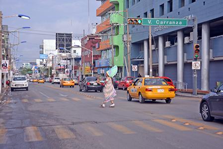 Guerrero Azteca suelto en la ciudad
